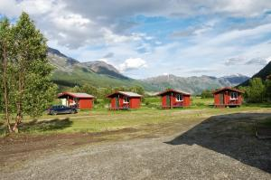 high_north_birtavarre_camping_cabins